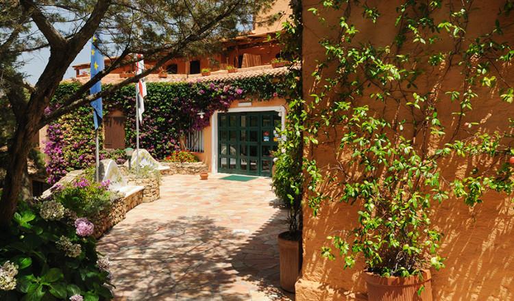 Ingresso Hotel Rocce Sarde
