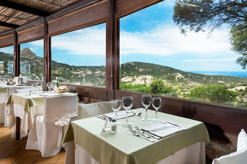 Ristorante La Terrazza panoramica - Myo Hotel Rocce SardeMyo Hotel ...